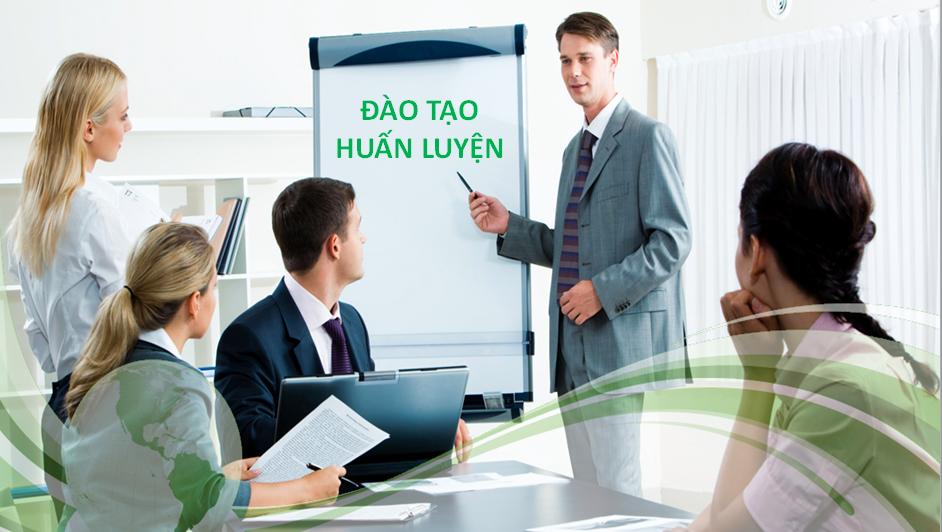 Đệm Xanh tổ chức đào tạo cho nhân viên bán hàng về các sản phẩm của Vạn Thành