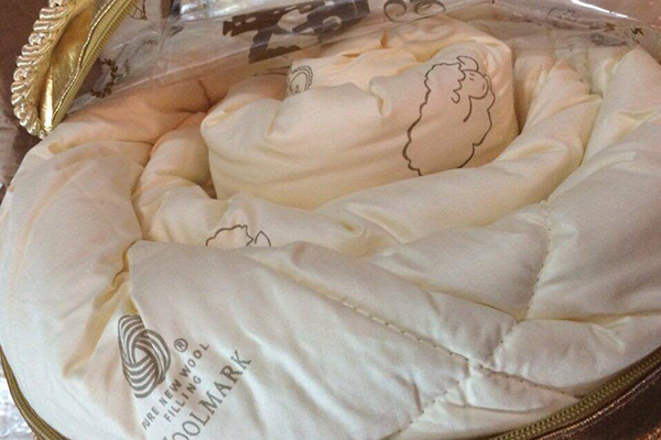 Ruột chăn lông cừu Úc