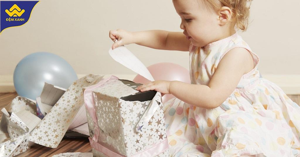 Top quà tặng chăn ga gối đệm cho bé gái siêu dễ thương