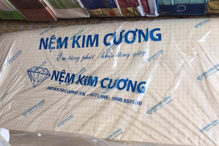Đệm cao su Kim Cương giá rẻ tại Đệm Xanh