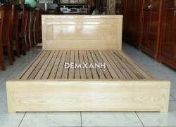 Giường gỗ sồi 06 kiểu sát đất