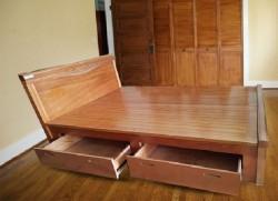 Giường gỗ xoan đào 02 có ngăn kéo