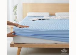Thảm trải giường cao su non màu xanh nhạt