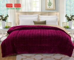 Chăn lông cừu chữ Vạn màu đỏ đun LCCV2004