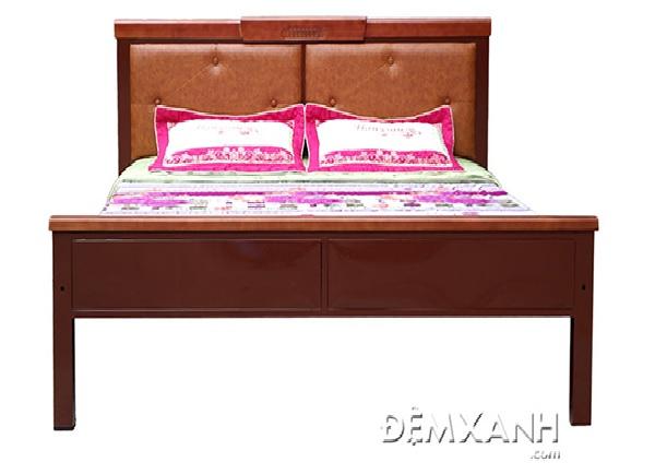 Giường sắt khung dát gỗ Olympia màu nâu