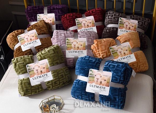 Chăn lông cừu Yuki mỏng LC04