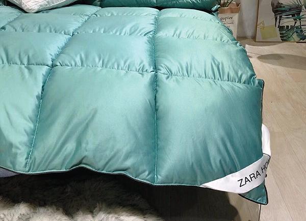 Ruột chăn lông vũ Zara Z03
