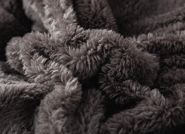Chăn lông cừu Yuki cao cấp YK04