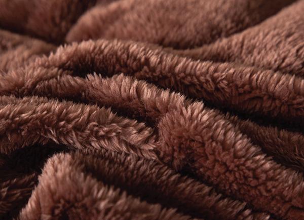 Chăn lông cáo Nicolas Diamond Đỏ Mận