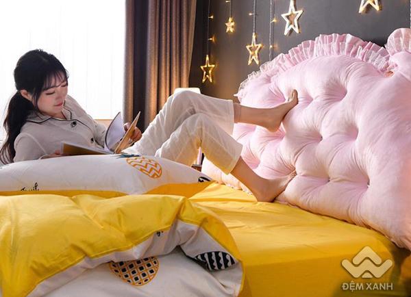 Kê đầu giường Khuy màu hồng phấn