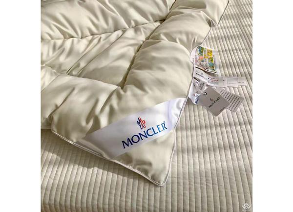 Topper đệm tăng tiện nghi lông vũ Moncler MCL01
